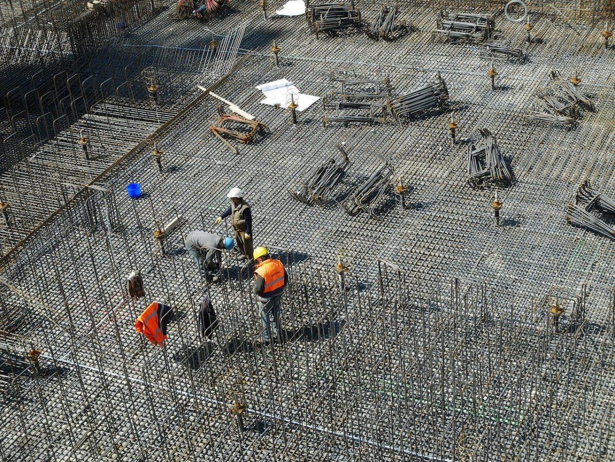 Właściwie z aktualnymi wzorami nowo budowane domy muszą być gospodarcze.